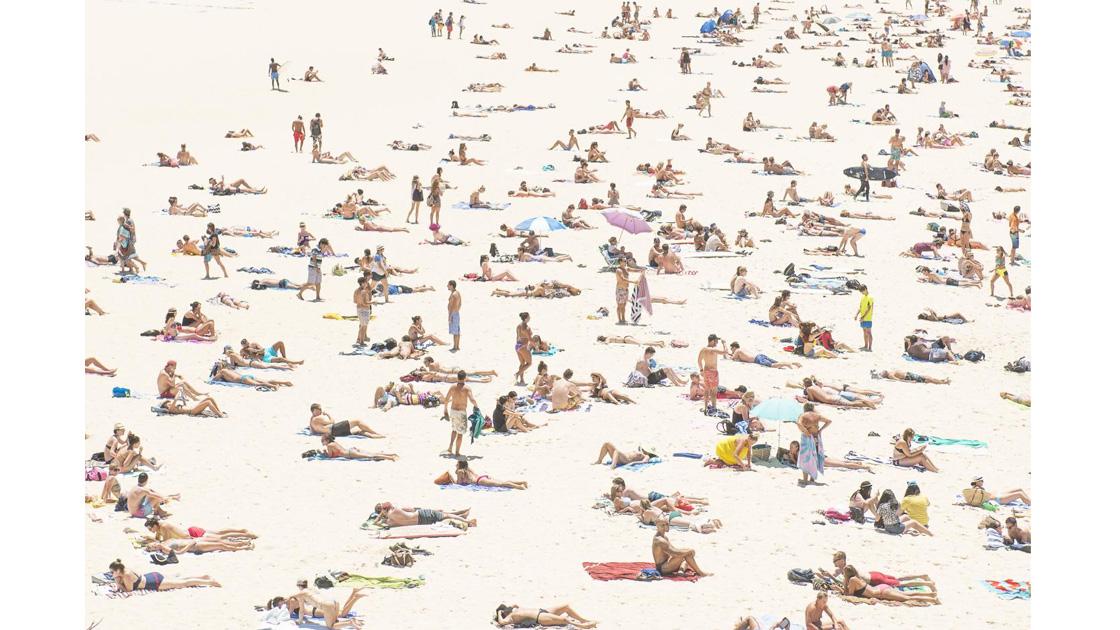 Zuhua Fred Zhang, Beach Goers